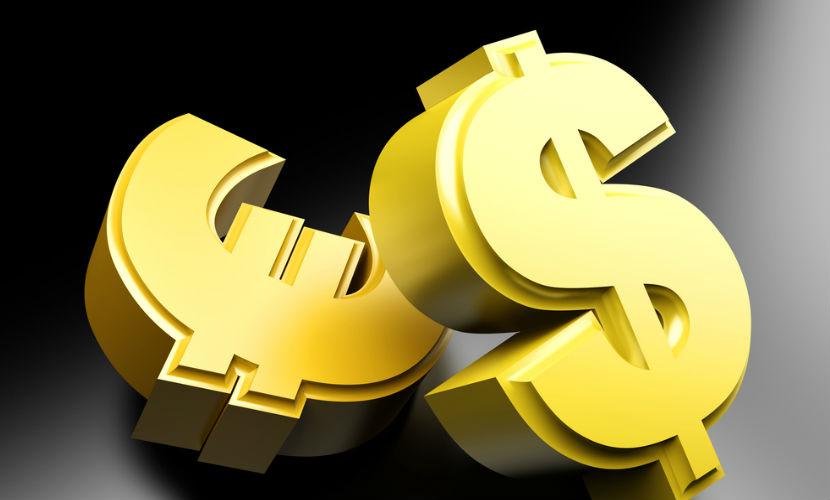 В РФ ввезли рекордный объем валюты