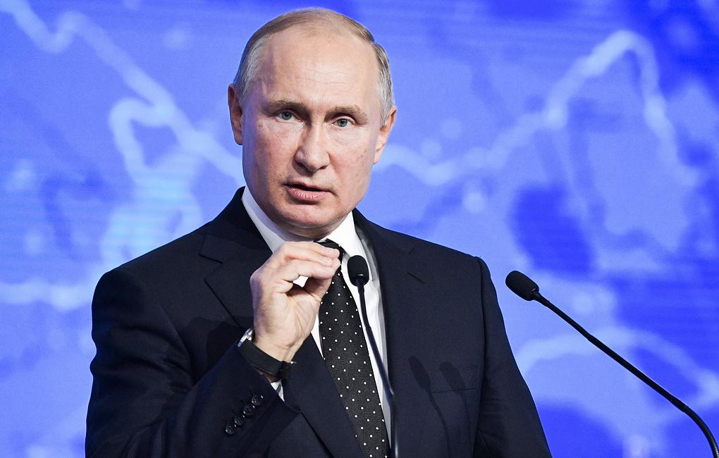 Эксперты оценили заявление Путина о девальвации