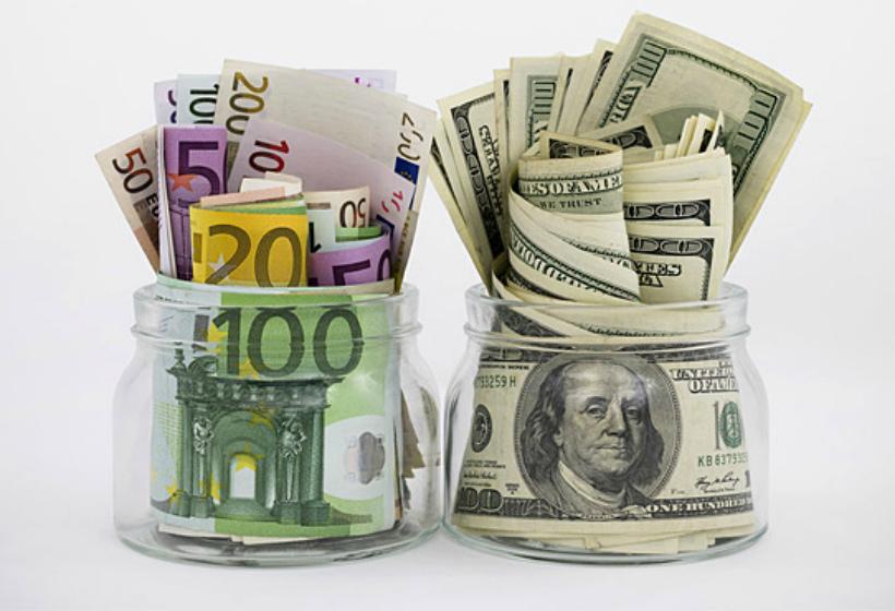 Жителям страны рассказали о бессмысленности валютных депозитов
