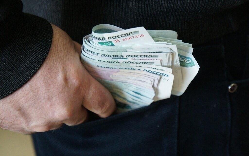 Обозначена средняя сумма, похищенная мошенниками у россиян